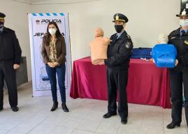 La Escuela de Especialidades de Policía recibió equipamiento